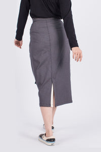 Muzca Ivy Buckle Skirt Modest Midi Grey Skirt with Front Buckle and Pockets in 100% Cotton