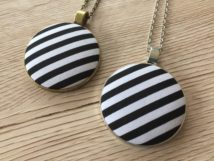 Statement Necklace Black n White Stripe