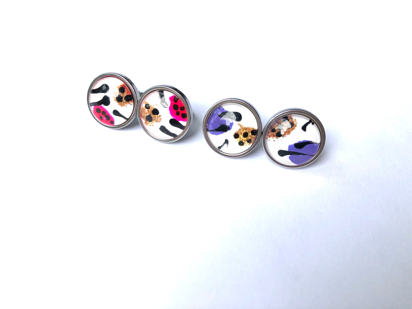 Freestyle Glass Studs