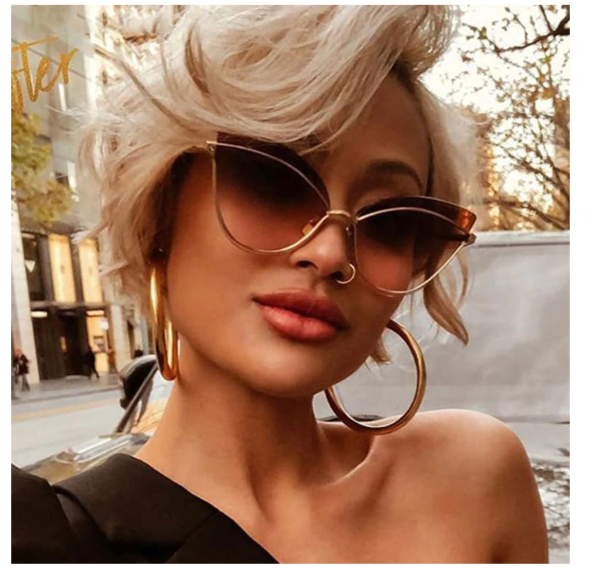 Luxury 2019 Fashion Butterfly Cat Eye Female Eyeglasses Shades UV 400 Vintage Glasses with a lady