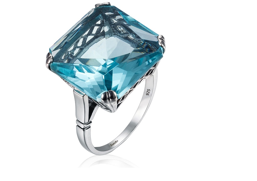 Square Aquamarine ring up look