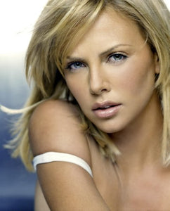 (24inx36in ) Charlize Theron Poster Print