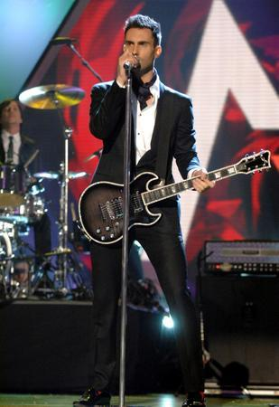 Adam Levine Photo Sign 8in x 12in