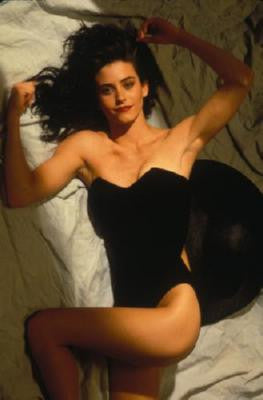 Courtney Cox Poster 11x17 Mini Poster