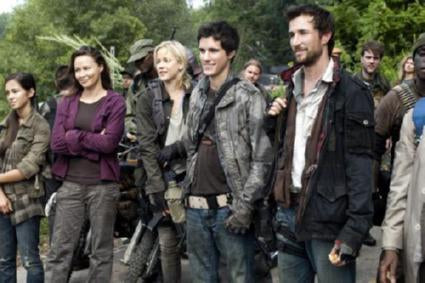 Falling Skies Poster 24in x 36in - Fame Collectibles