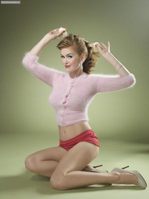 Isla Fisher poster tin sign Wall Art