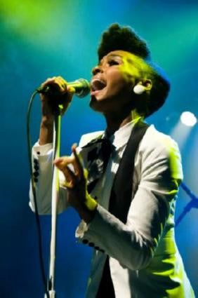 Janelle Monae 11inx17in Mini Poster #01