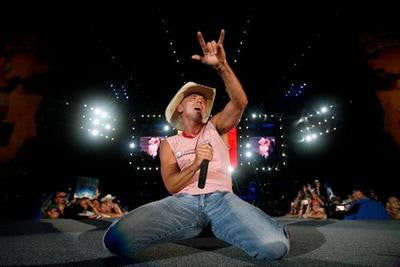 Kenny Chesney On Stage Poster 11x17 Mini Poster