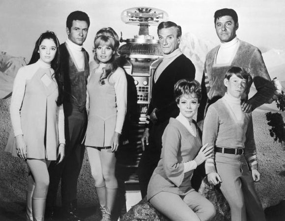 TV Posters, lost in space cast photo