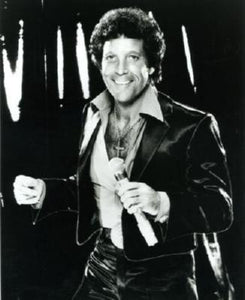 Tom Jones Poster 11x17 Mini Poster