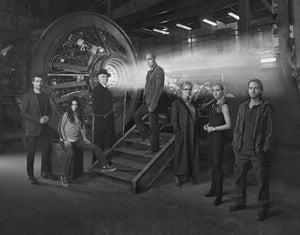"12 Monkeys Poster Black and White Mini Poster 11""x17"""