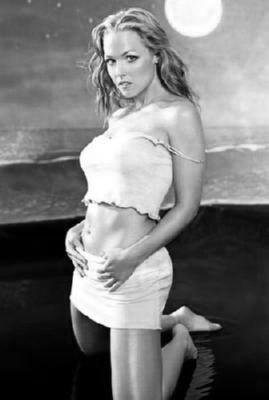 Jennie Garth black and white poster