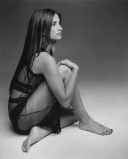Penelope Cruz black and white poster