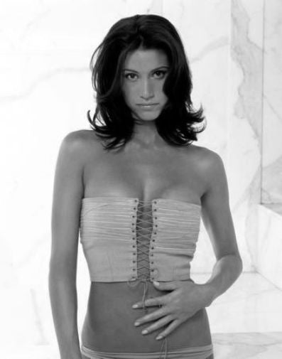 Shannon Elizabeth black and white poster