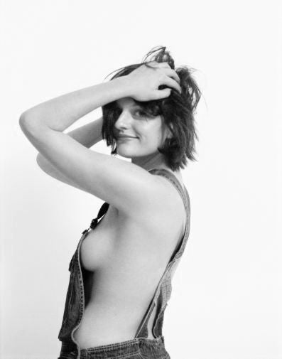 Elisabeth Moss Poster Black and White Mini Poster 11