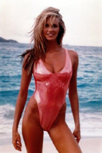 Elle Macpherson poster 27x40| theposterdepot.com