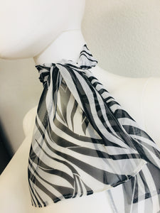 black and white scarf - Vanity's Vault