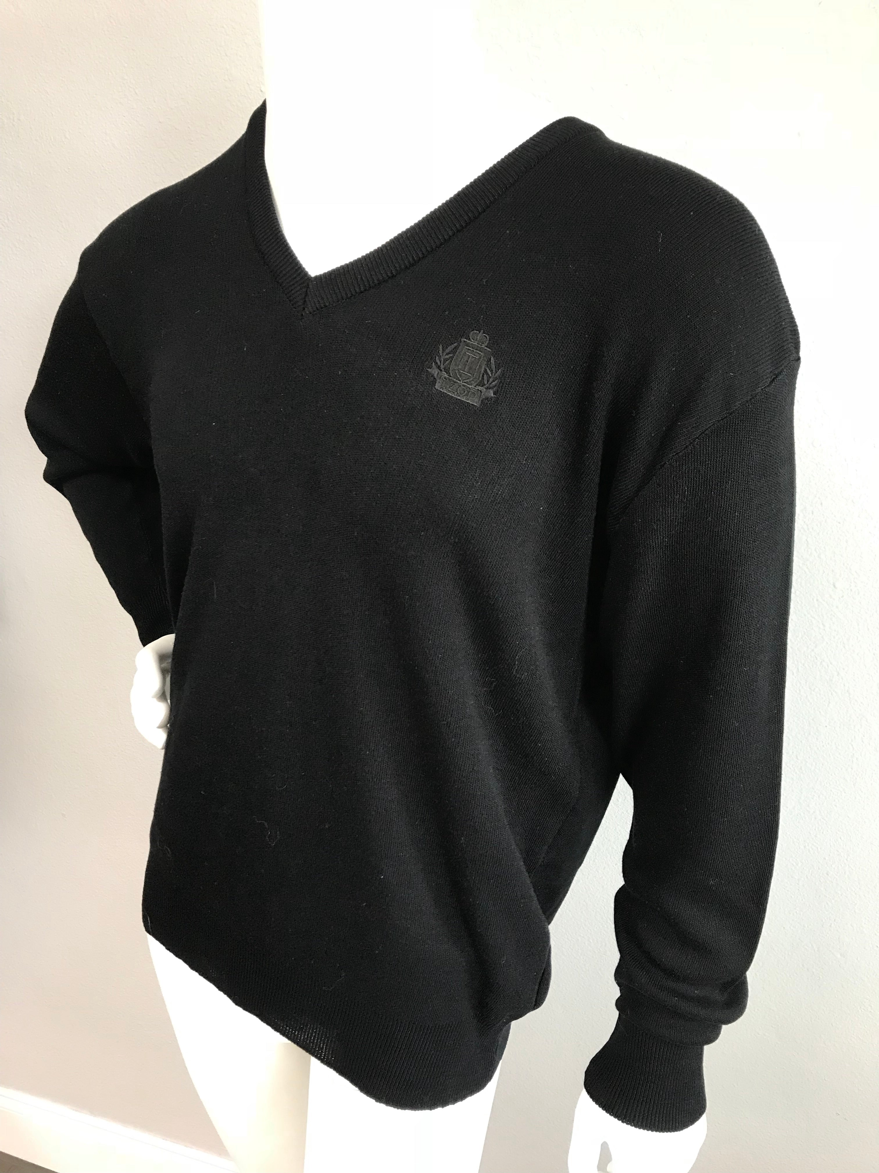 IZOD Black Sweater - Vanity's Vault