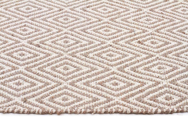 Abode Diamond Design Grey Rug