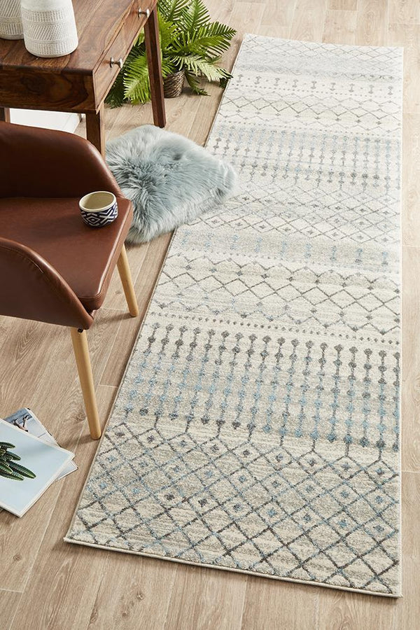 Evoke Slate White Transitional Runner Rug