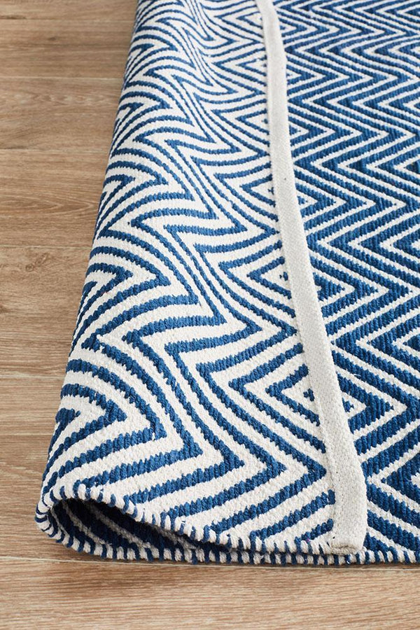 Spirit Chevron Navy Rug