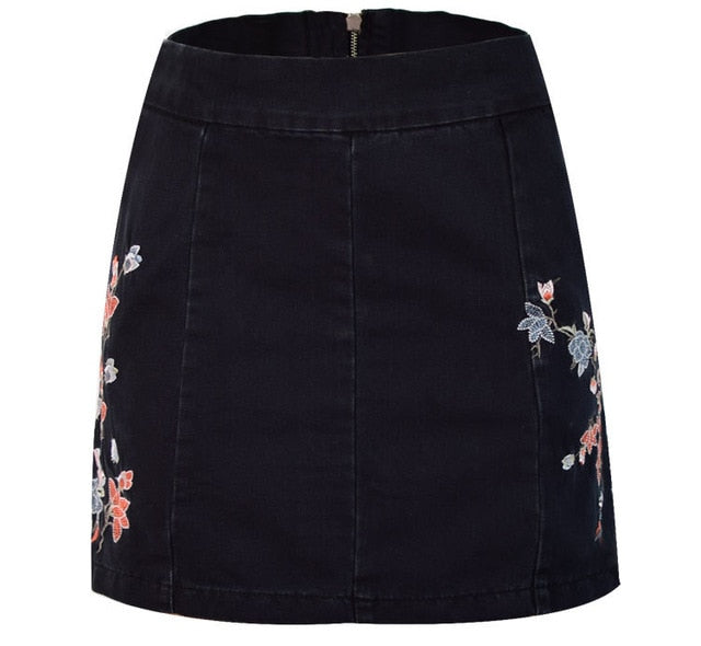2018 Summer Hole Trousers Black Skirts High Waist Denim Skirts Woman Ripped Jeans For Women White Shorts Pencil Skirt Female Red