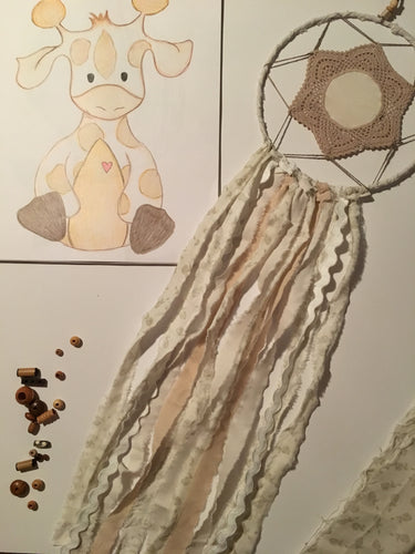Handcrafted by Brooke Dream Catcher Giraffe