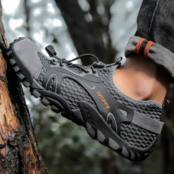 2020 Breathable Men Outdoor Hiking Climbing Quick-dry Water Shoes
