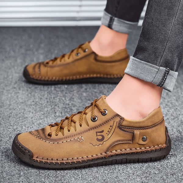 2020 Men Casual Leather Loafers Hand Sewn Moccasins