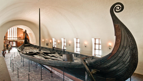 Image of the Viking ship oseberg