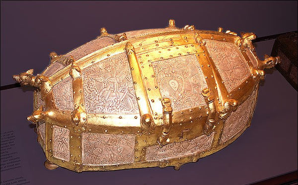 A replica of the lost Cammin Chest, a small late-Viking period golden reliquary in the Mammen style