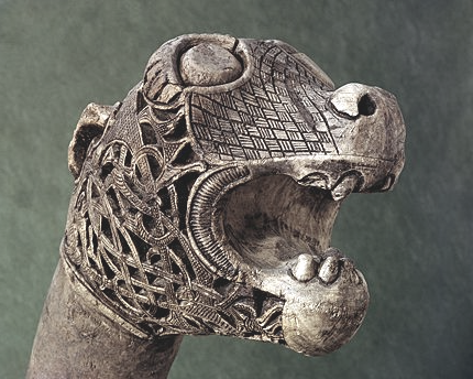 Image of Viking oseberg ship head