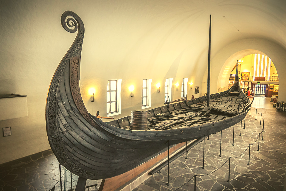 Image of Viking ship motivational Viking attitude