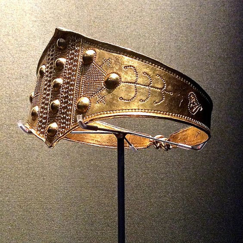 Viking gold arm ring with subtle decoration dating back to the 9th century found in Denmark