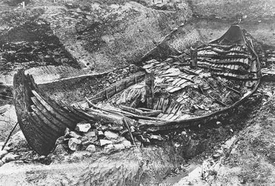 Image of Oseberg ship excavation viking ships