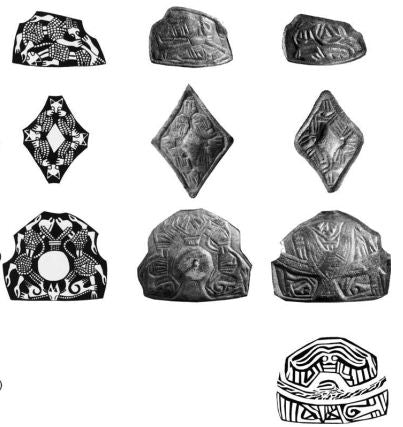 Pattern on the Viking brooches