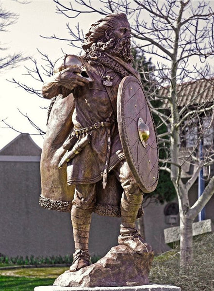 Statue of Viking king Harald Fairhair