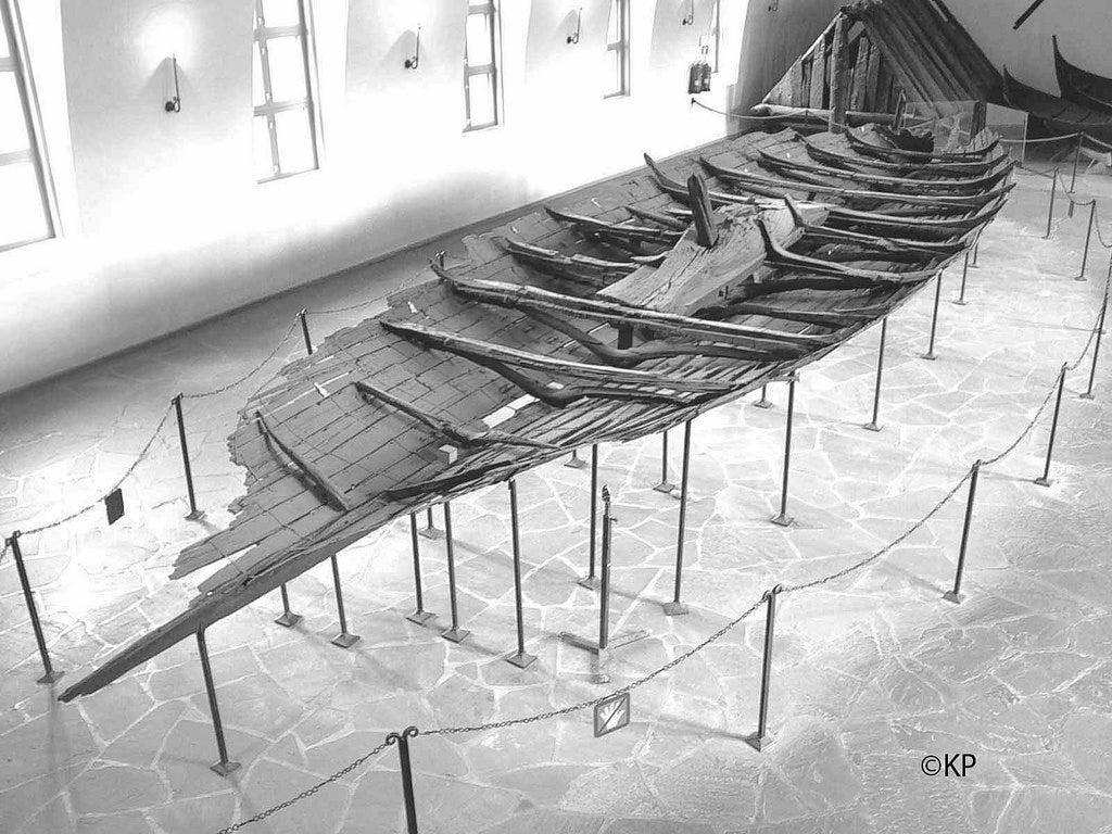Image of the Viking ship Tune ship