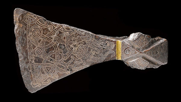 Viking mammen axe