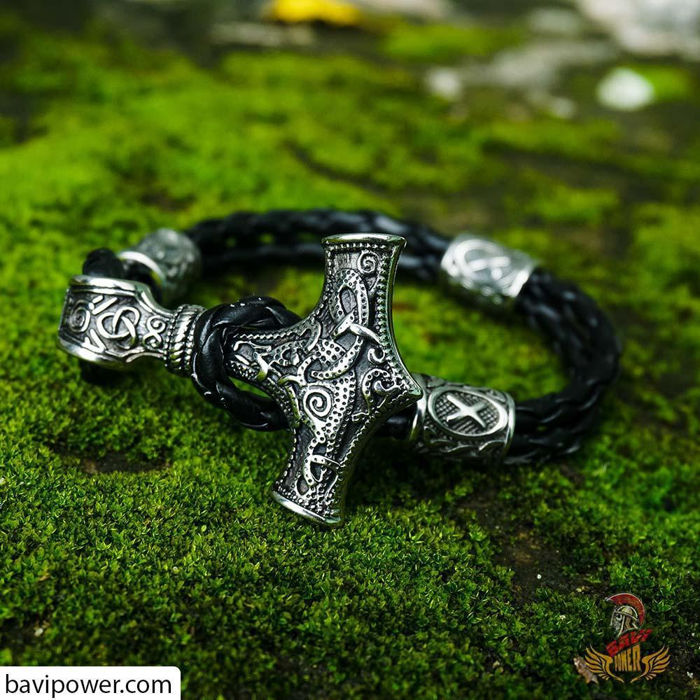 Runic Thor's Hammer Leather Bracelet