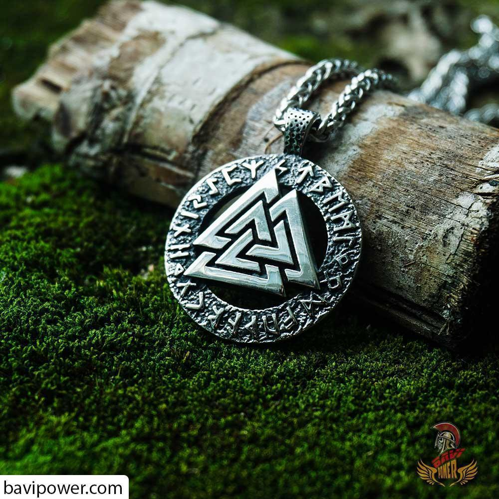 Stainless Steel Runic Valknut Pendant Necklace BP8-259