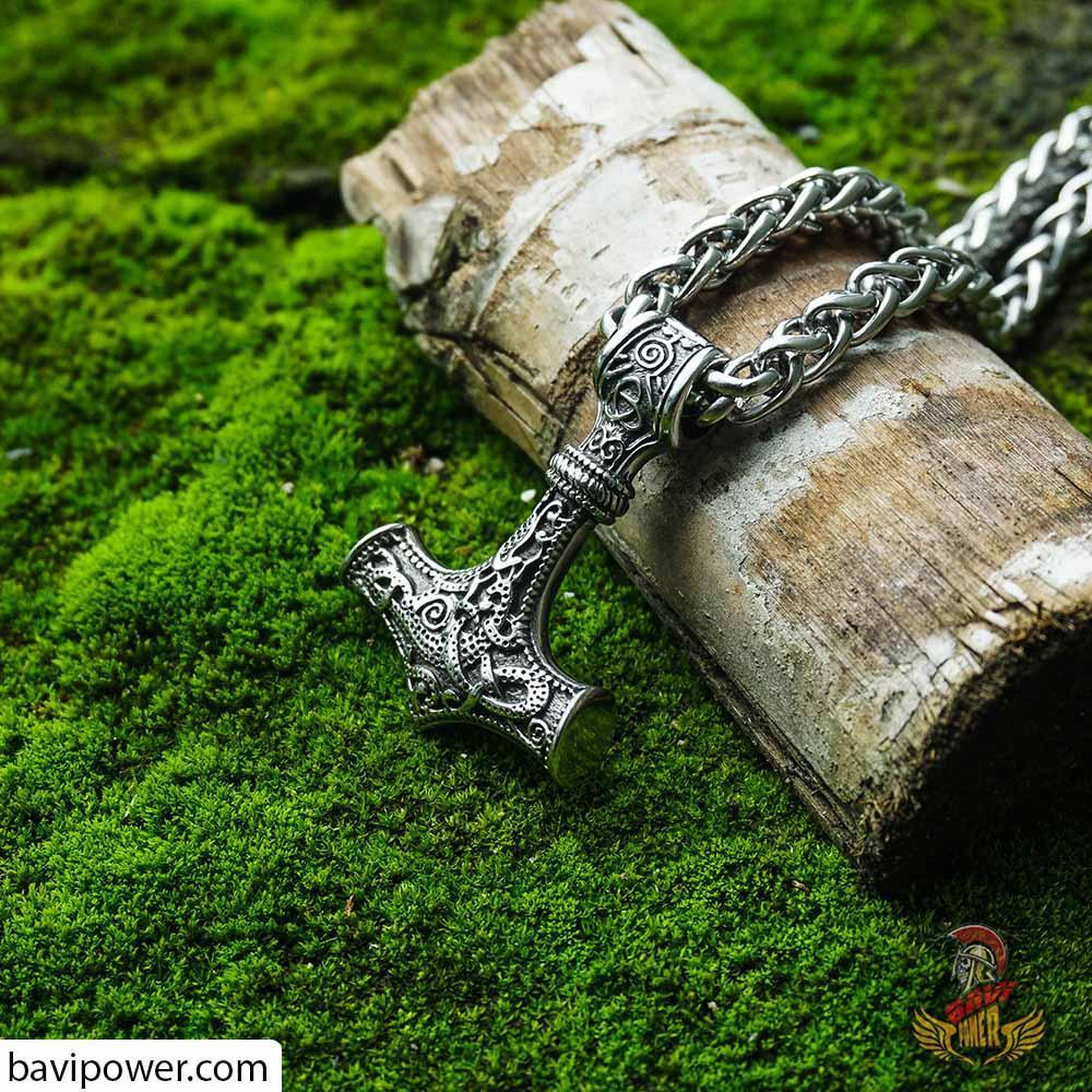 Thor's Hammer Pendant with Keel Chain Necklace