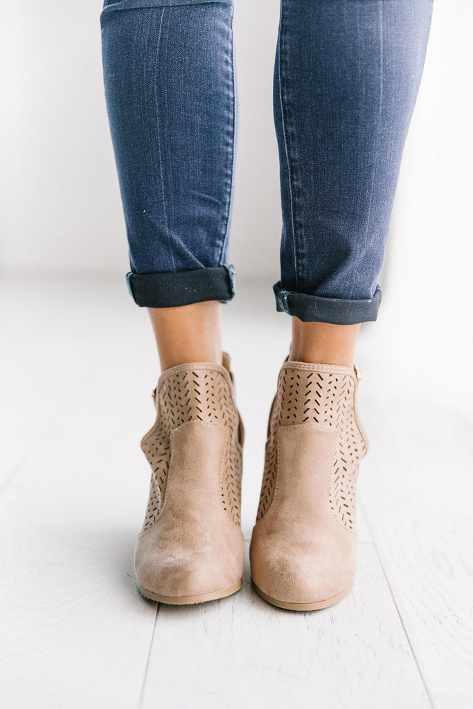 POPULAR BOOTIE IN TAUPE