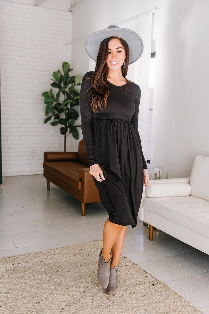 MARIA CLASSIC DRESS IN BLACK
