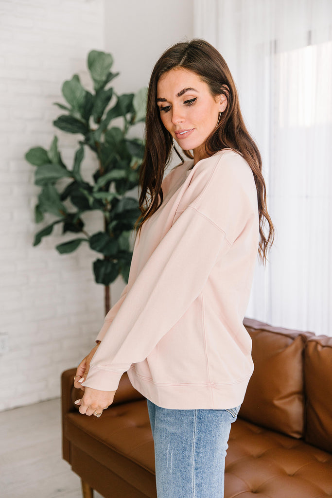 MACI OVERSIZED SWEATSHIRT IN BLUSH
