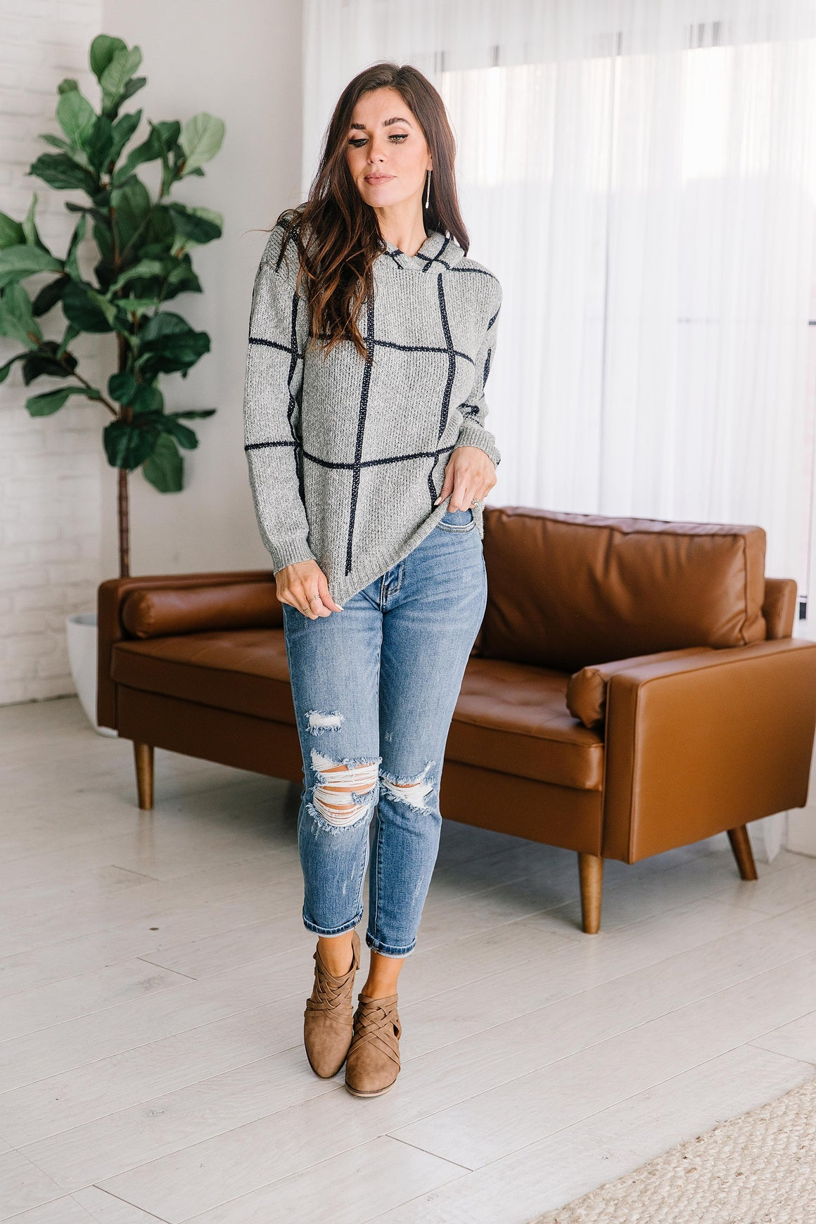 ANNALEE GRID SWEATER