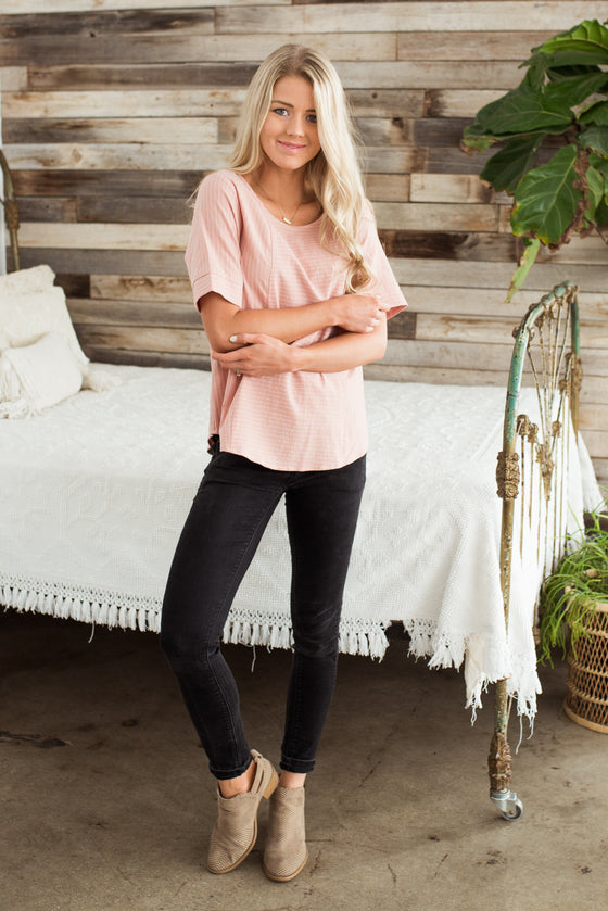 YVETTE BUTTON BACK TOP IN DUSTY PINK