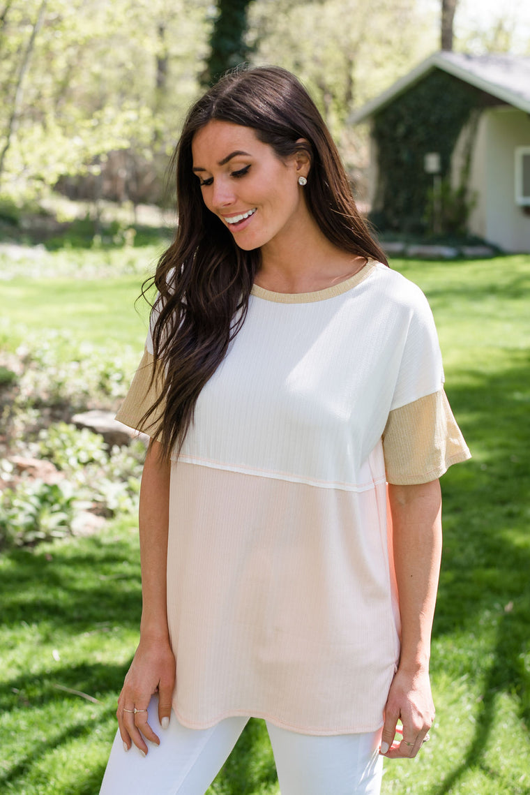 GEORGIA TOP IN WHITE AND BLUSH