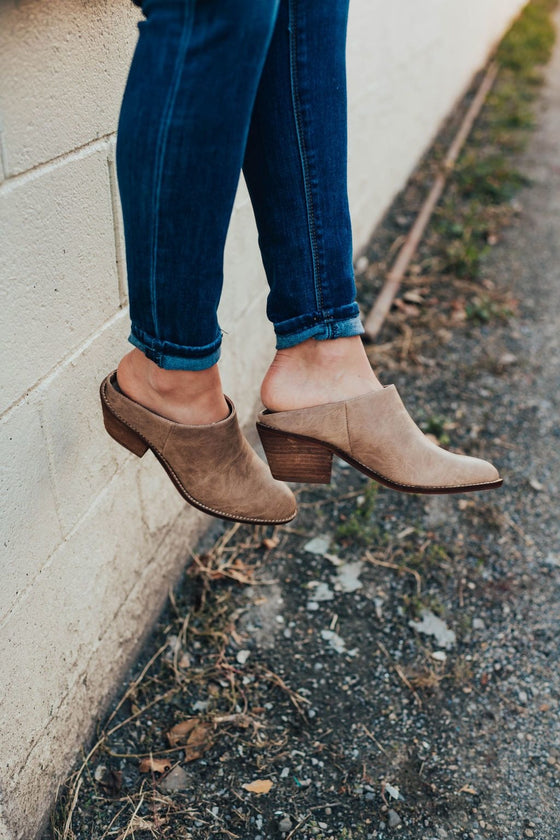 The Grisell Mule In Taupe - Shoes