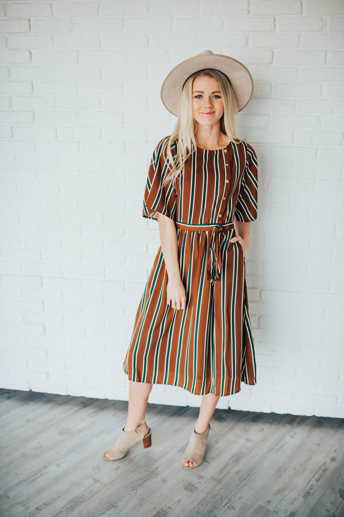 ROBYN STRIPED DRESS